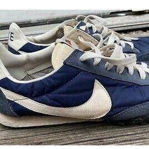 Nike Shoes - NIKE x J.CREW WAFFLE RACER VTG Sneakers Men's Size